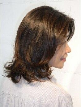 ソリッソ(sorriso)の写真/【平日限定グレイカラー¥4400】色持ち良く自然な仕上がり。透明感たっぷりのツヤ感で若々しい美髪に導く♪