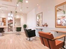 ヘアー ガーデン ルノン(Hair Garden Lunon)の雰囲気(増築しての新たな開放感のあるスペース。)