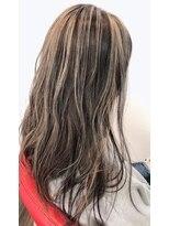 ヘアードットツミキ(HAIR.TSUMIKI)ハイライトカラー