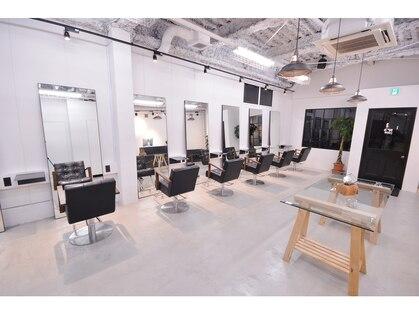 ナンバースリーヘアーラウンジ(N°3 hair lounge)の写真