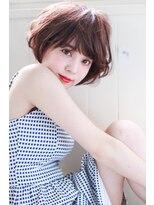 イロドリ ヘアーデザイン(IRODORI hair design)IRODORI ひし形シルエットのエアリーショート [西尾一寛]