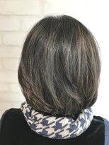 ヘアーアンドメイククリアー(Hair&Make CLEAR)白髪をぼかすハイライト