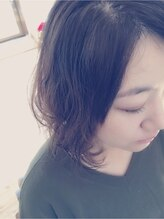 クープヘア(Coupe hair)ふわふわミディ