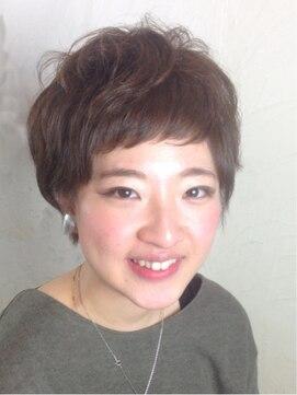シャノワールキキ(CHAT NOIR kiki)レトロなフレンチショート