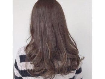ソウルズ ヘアープロデュース(SOULs hair produce)の写真/【ダメージレス◎色モチ◎豊富な商材◎】グレイもファッションカラーもオシャレに楽しみたいならSOULSで★
