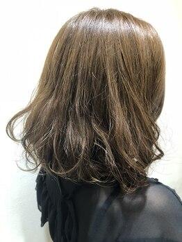 ルシード スタイル エクラ(LUCIDO STYLE Eclat)の写真/デジタルパーマで毛先に動きとカールをつくり、大人可愛くイメチェン☆忙しい毎朝のスタイリングも楽に◎