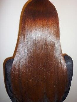 ウィーズヘアー(Weed's Hair)の写真/《舟入本町》気になるお悩みヘアを最小限の技術で解決!高品質な縮毛矯正を是非!ウィーズでご体験。