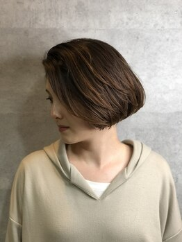 カジノ(CASINO)の写真/『白髪も染めたい!明るめの色味もキープしたい!』そういった方はぜひCASINOへ。なりたい髪色に仕上げます◆