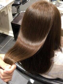 オンザゴー(ON THE GO)の写真/髪質にお悩みの方必見!ホリスティックケア技術を用いて、髪本来の美しさを引き出します。【海浜幕張】