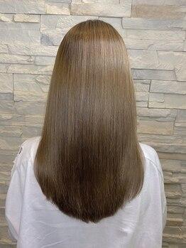 ヘアーチェリーコーク ランプ(HAIR CHERRY COKE Lamp)の写真/一人ひとりの髪質・クセの状態を見極めて薬剤を調合◎固くなりすぎない、柔らかな仕上りはLampだからこそ♪