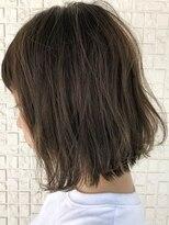 テラスヘア(TERRACE hair)外ハネ×透明感アッシュ系カラー