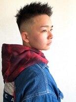 サンディーズ バーバーショップ(SUNDYS BARBERSHOP)ツイストピンパーマアップバングフェード刈り上げ黒髪短髪