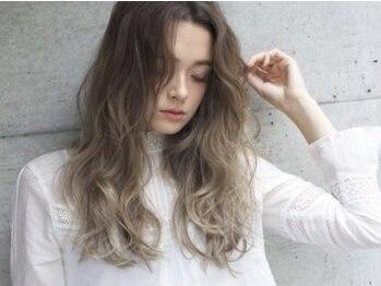 ヘア アトリエ オルト(hair atelier ort.a)の写真/[ちょうどいい抜け感]にセンスを感じる。女子力を上げる艶カラー☆ort.aのデザインで色っぽさを引き出す!