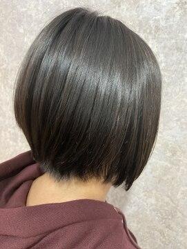シュガービー(SUGAR-B)【SUGAR-B】黒髪の前下がりショートボブ