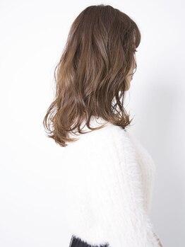 エスアンドエフ美容室 松富店(S&F)の写真/S&Fで人気No.1の高濃度補修液配合トリートメントで最高のケアを♪内側からの補修でさらっとまとまる髪に!