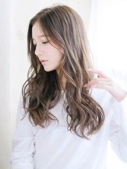 アカラ ヘアー(Akala Hair)の写真/[自然由来成分89%]潤い,深みのある美髪に★ツヤめく発色で女子力UP♪個性を際立たせる豊富な色味も魅力☆