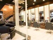 モードケイズ 阿倍野店(MODE K's)の雰囲気(1Fは、ヘアー専用の空間に♪♪綺麗に可愛くなれる場所...)