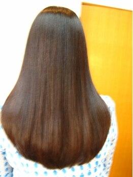 シャノアールの写真/武蔵小山駅★女性スタイリストのマンツ-マン施術♪髪の芯まで水分を浸透させて艶のある自然なストレ-トに♪