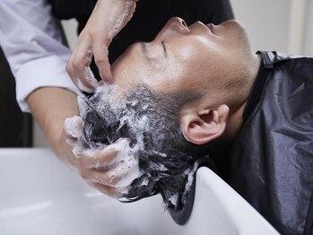 メンズウィル バイ スヴェンソン 湘南藤沢スタジオ(MEN'S WILL by SVENSON)の写真/【完全個室】髪の悩みにアプローチするSVENSONが充実した独自メソッドのヘアケアメニューを提供!