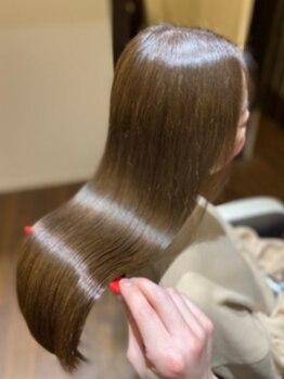ククラ ヘアーデザイン バイ モーレ クオン(CuCuLa Hair design by molle × xuon)の写真/この輝きはクセになる…【純度100%毛髪改善】誰もが憧れる美しく綺麗な髪へ。予防と補修の新時代ヘアケア