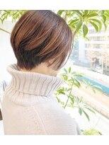 ヴィー 銀座二丁目(VIE)【銀座/VIE/つばさ 】カットが得意◎大人女性の前下がりショート