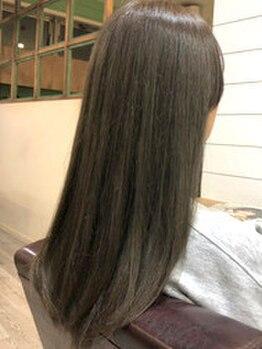 ヘアアトリエ バル(hair atelier bal)の写真/【大人気《oggi otto》取扱店!】気になるうねりやダメージ毛を内側からケア◎艶やかな美髪へ導きます。