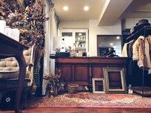 「看板の出ていない知る人ぞ知る」隠れ家サロン  五反田の駅前 徒歩30秒