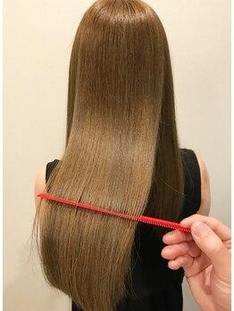 ククラ ヘアーデザイン バイ モーレ クオン(CuCuLa Hair design by molle × xuon)の写真/あきらめかけた髪 [CuCuLa] に任せてみませんか?独自開発こだわりの毛髪改善技術で内側から潤う髪へ