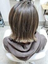 ヘアアンドメイクフリッシュ(HAIR&MAKE FRISCH)ミルクティーベージュ バレイヤージュボブ