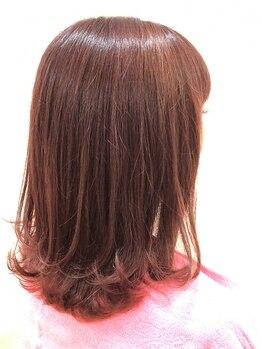 """グラッド ヘアーアンドエステ(GLAD hair&esthe)の写真/良いものを良心的にご提供◎色持ち・手触りがUPする""""高濃度コラーゲン配合カラー""""で艶カラーを体験して♪"""