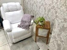 ジュネス ヴァルディ(Jeunesse valdi)の雰囲気(広い個室でマツエクサロンも併設しております。)