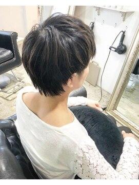 ヘアー アトリエ エゴン(hair atelier EGON)ショート