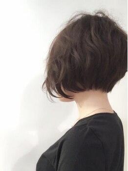 シン(SHIN)の写真/まとまりや家での再現性を意識した洗練されたカット技術。磨き上げてきたセンスであなたのスタイルを彩る!!