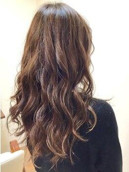 レア レフア 葛西店(Lea Lehua)の写真/【葛西駅徒歩2分】最旬の愛されパーマStyleに変身☆低ダメージの薬剤使用だから髪の傷みが気になる方にも◎