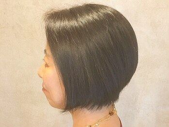 ヘアーチヒロズウィッシュ(Hair CHIHIRO's wish)の写真/【完全個室/マンツーマン】髪と地肌にやさしい植物成分配合カラー!気になる白髪もしっかり染まります☆