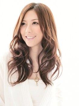 ライスパディ(rice paddy)の写真/【大人女性にオススメ】グレーの本数などを見て調合するこだわり!あなただけのおしゃれ白髪染め♪
