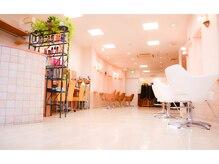 美容室 髪遊の雰囲気(平日・土曜・祝日21:30まで営業しております♪)