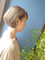 《Kubu hair》白髪を活かしたカラーデザイン