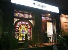 オズギュルヘア(Ozgur hair)の雰囲気(交差点の角の『タンポポ』さんを右折した1階にあります★)