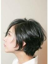 アリュックス(ALUX)大人カッコイイ黒髪ショート