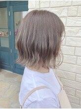 ラボヌールヘアーノーブル 新越谷店(La Bonheur hair noble)ミルクティーベージュ×切りっぱなし外ハネボブ