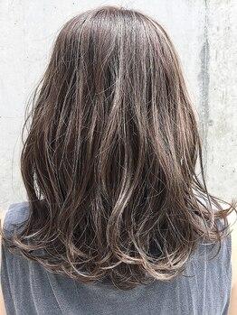 スニップ(Snip)の写真/ナチュラルなカラーからハイトーンまで、高い技術で理想のヘアカラーをカタチにします。