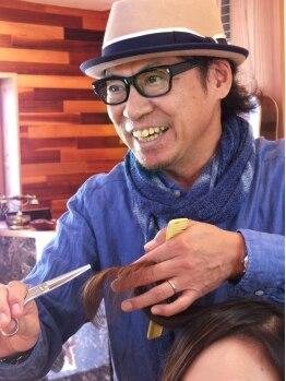 ヘアサロン トゥループ(Hair Salon TROOP)の写真/クセを見抜く力と的確な提案に感動の声多数!長年の経験があるからできる見抜く力と技術で提案してくれます