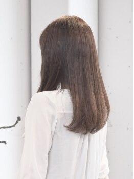 """ソル(SOL)の写真/《天然ハーブ100%ハナヘナで自然な""""ツヤ髪""""が叶う》カラーによるダメージや褪色が気になる方にもオススメ♪"""
