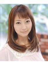 ヘアーサロン キキョウ(hair salon kikyo)フェミニンな印象のストレートヘアースタイル