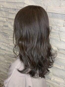 ヘアーチェリーコーク ランプ(HAIR CHERRY COKE Lamp)の写真/繰り返しパーマを楽しめるようダメージは最小限!トップや前髪だけのパーマなど、お悩み解決にもオススメ!