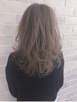 アールプラスヘアサロン(ar+ hair salon)レイヤー×ハイライト×グレージュ