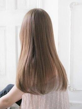 リリアン 青山(relian)の写真/髪のメンテナンスならrelianへ!やわらかでツヤのあるサラサラの美髪を叶えます♪リピーターも続出中!