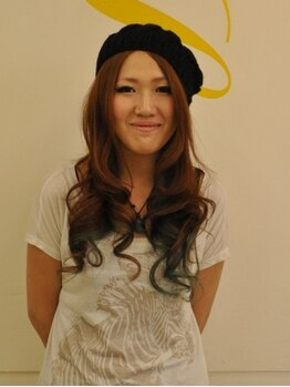 ララヘアー(LaLa hair)の写真/モデル愛用のプルエクステ編み込みシールとイルミナカラー☆女性スタッフが希望を叶える!!今一番安い♪