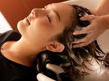 ブレス 芦屋店(brace)の写真/スパニストのテクニックで極上の癒しを―。髪のハリ・コシ・ボリュームを取り戻す最新ケアメニューも導入!